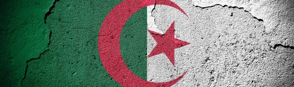 Algeria: stabilite nuove quote per l'importazione di acciaio, cemento e autoveicoli